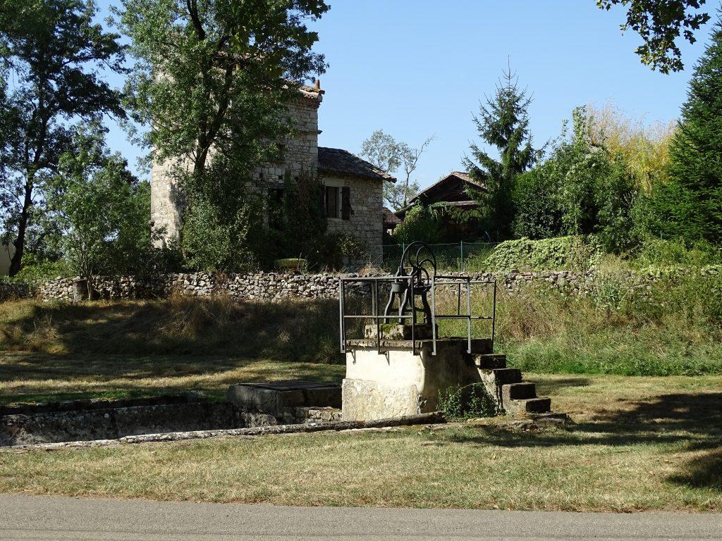 Lavoir et fontaine à Septfonds